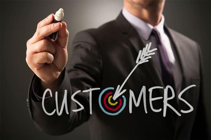 صحبت با مشتری